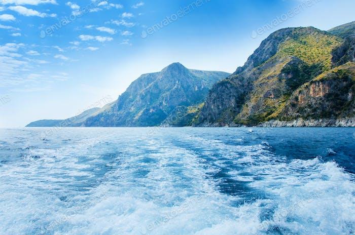 Die wilde Küste Costa di Masseta vom Meer