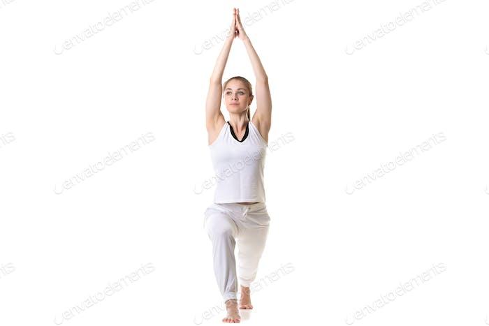 Yoga Pose Krieger 1