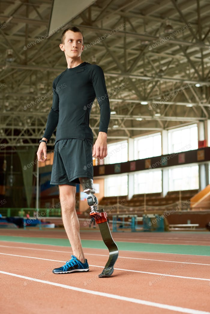 Handicapped Sportsman Ready for Training in Stadium