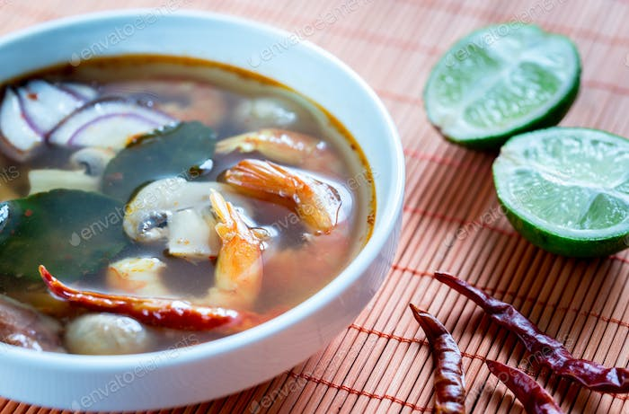 Thai Tom Yum Suppe