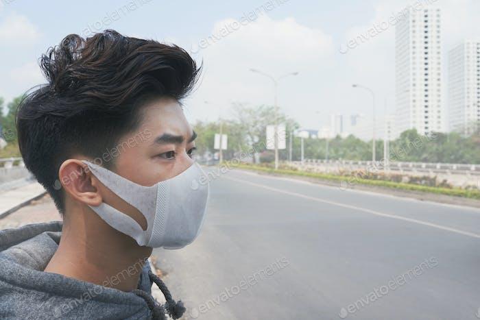 Leben in schmutziger Stadt