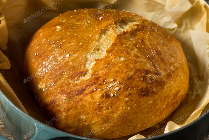 Homemade No Knead Country Bread