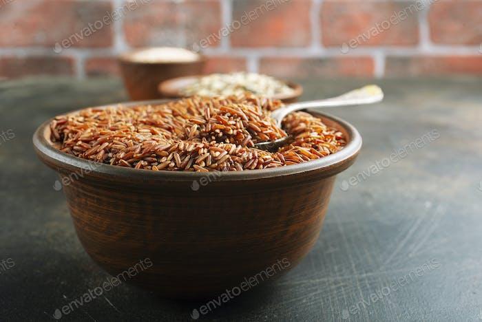 brauner Reis
