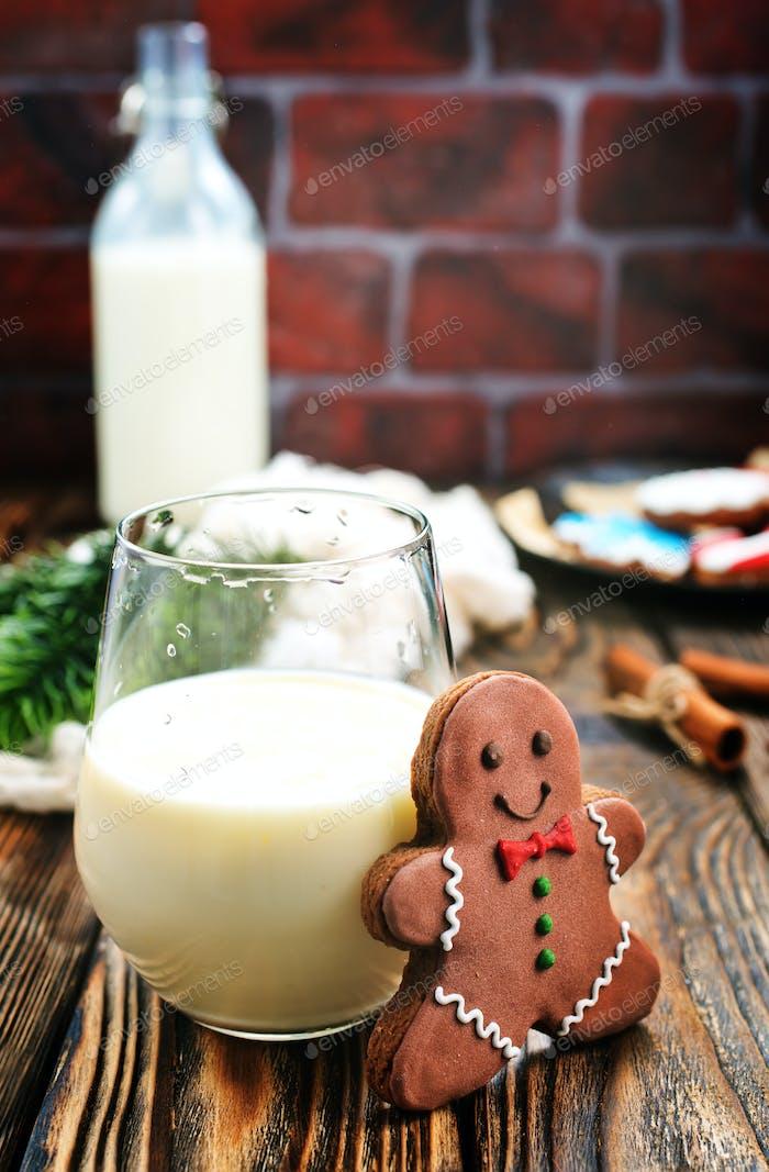 Ingwerbrot mit Milch