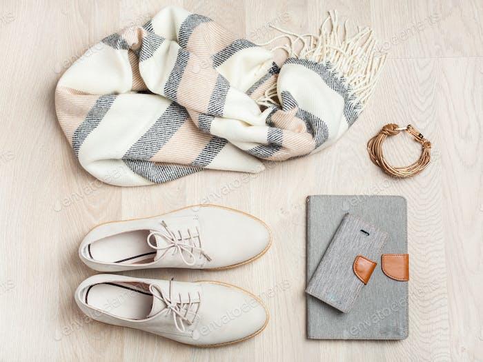 Damen flach lag Kleidung Schuhe, Schal, Armband, Tasche, Tablet, SM