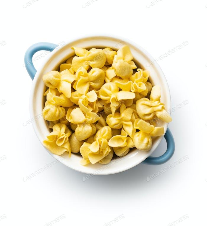 Italienische gefüllte Pasta. Sacchettini-Nudeln.