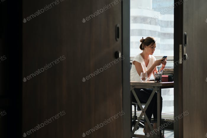 Business Woman Chatting On Phone