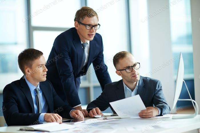 Empresarios serios