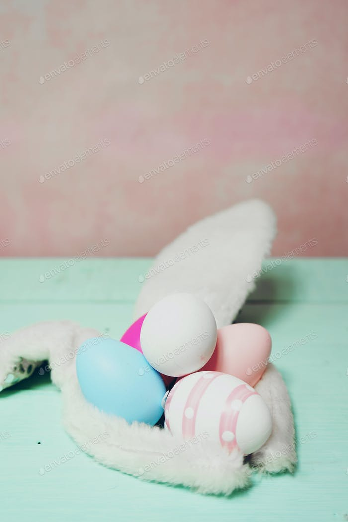 Easter decoration background with easter eggs