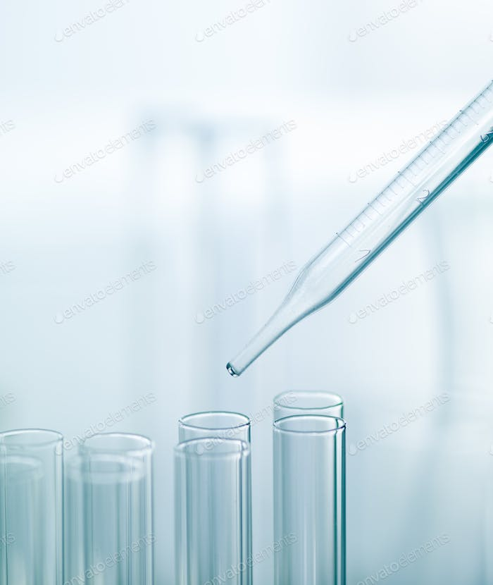 Pipette with a group of medical tubes