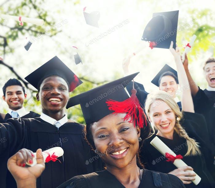 Diversity Studenten Abschluss Erfolg Celebration Konzept