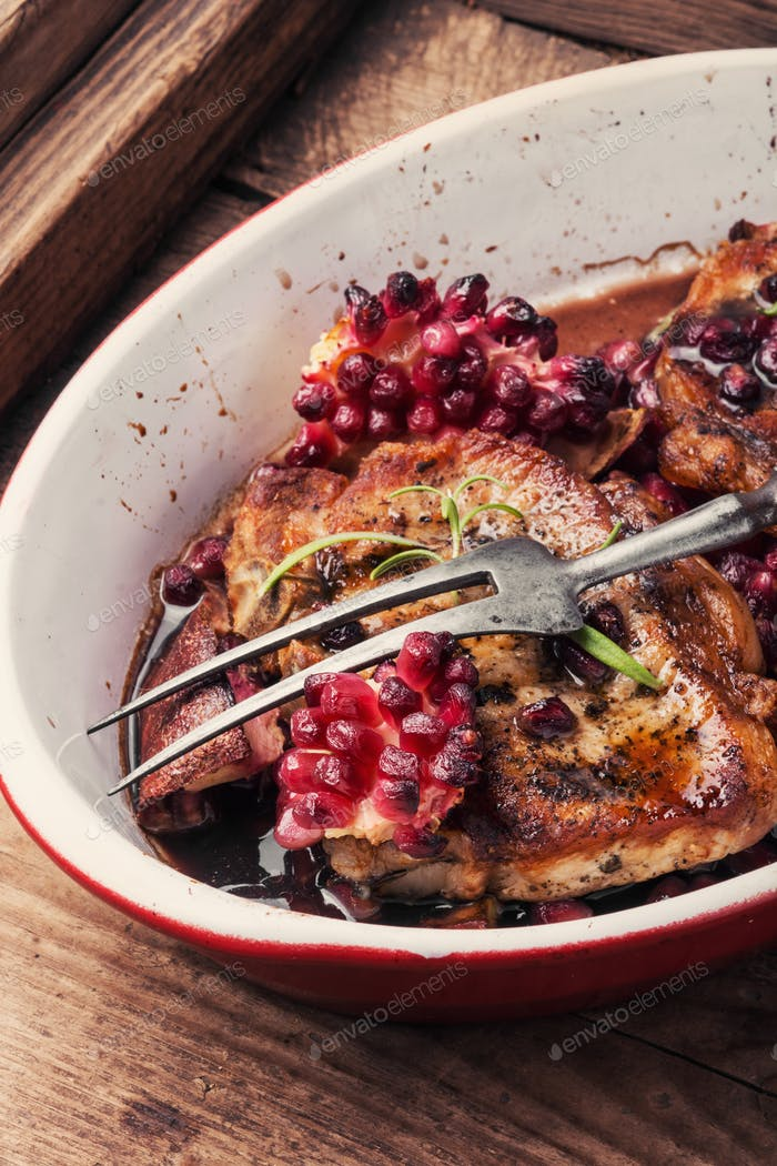 Grilled chop in pomegranate sauce