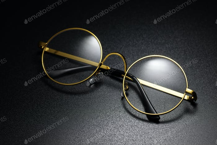 Classic round eyeglasses