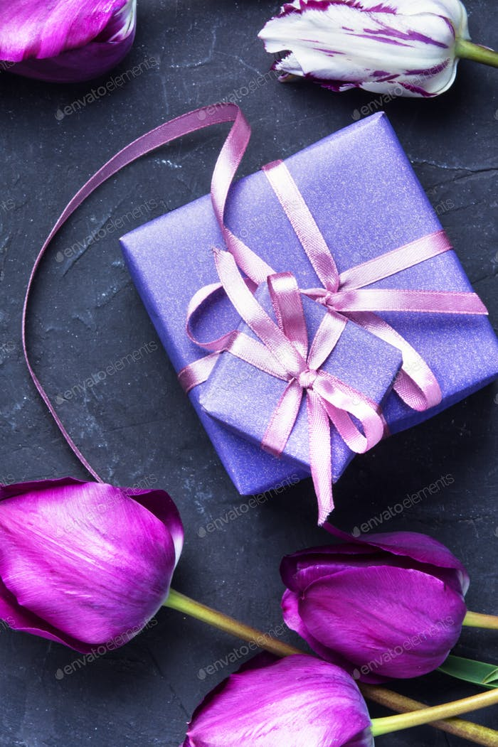 gift and tulip