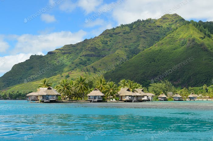 Holiday bungalow resort on Moorea