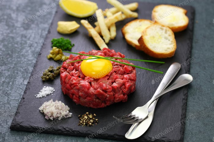 steak tartare, tartar steak, beef tartare