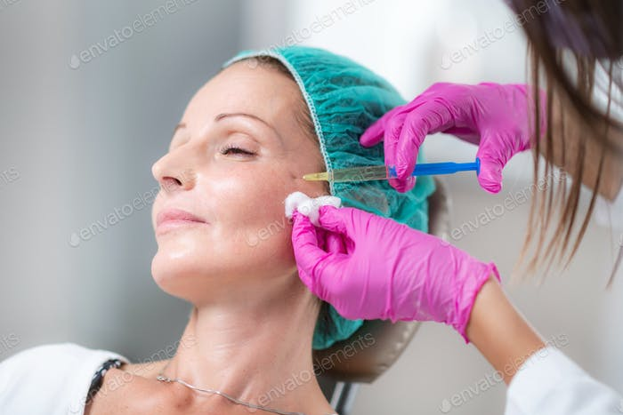 Hyaluronic Acid Injection Fillers for Cheeks