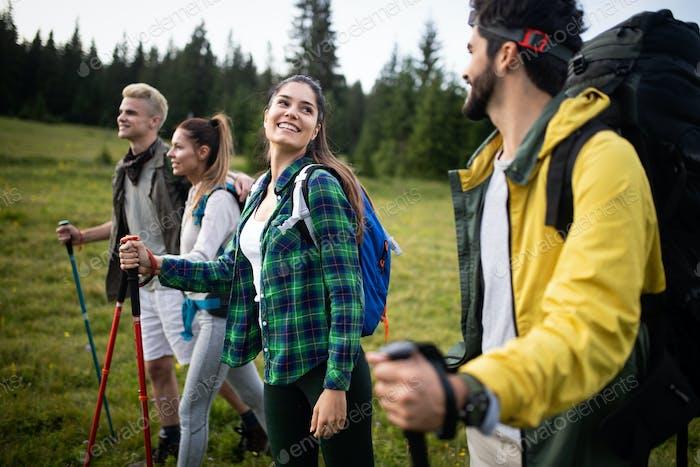 Trek Hiking Destination Erfahrung Rucksack Lifestyle Konzept