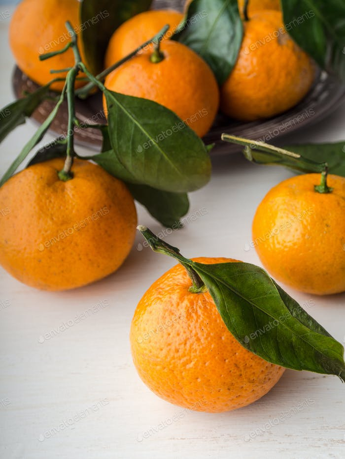 Fresh whole tangerines