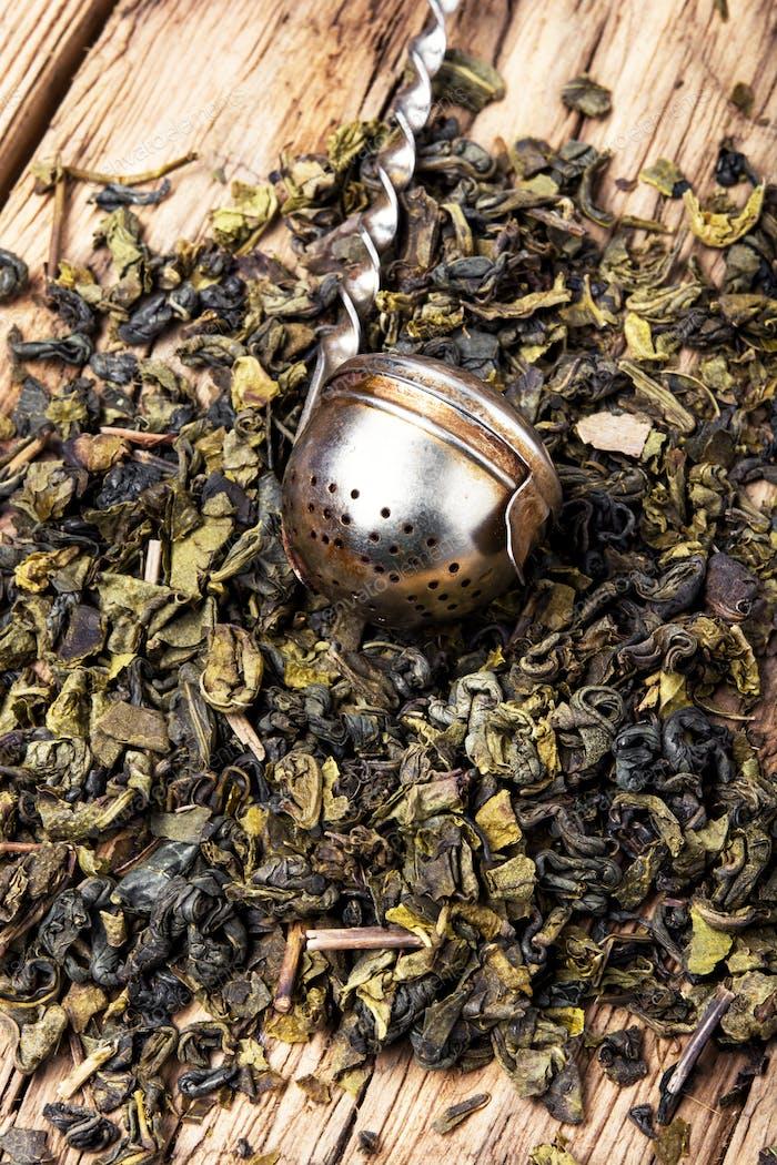 trockenes Teeblätter
