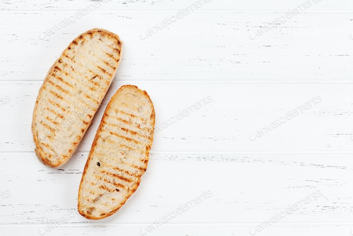 Grilled bread toasts