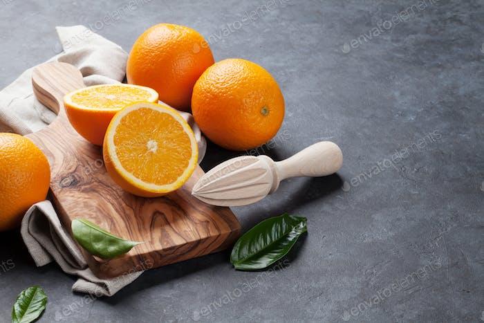 Frische Orangenfrüchte