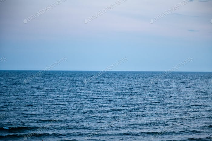 Horizon of sea and sky