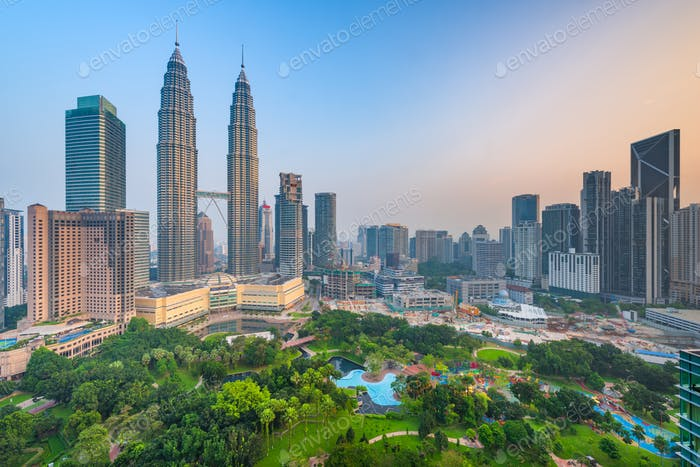 Kuala Lumpur, Malaysia park and skyline