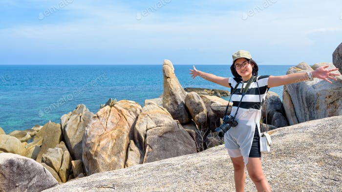 Woman tourist on Hin Ta Hin Yai viewpoint