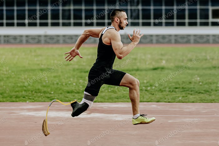 man athlete with prosthetic legs