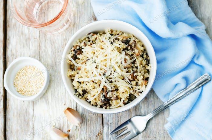 ajo setas quinoa