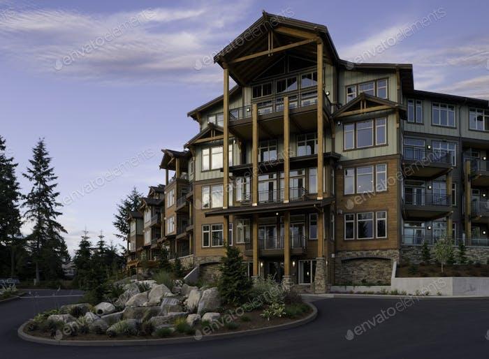 49208,Apartment Building Entrance