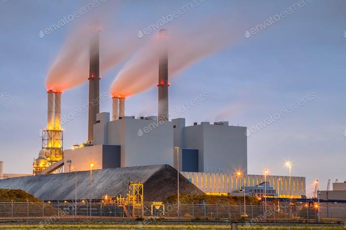 Coal powered power plant Rotterdam