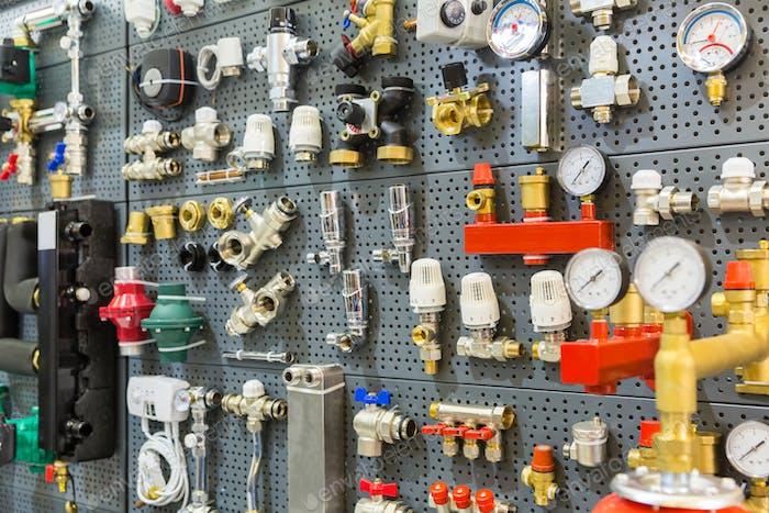 Sensores de presión de equipos de fontanería y termostato