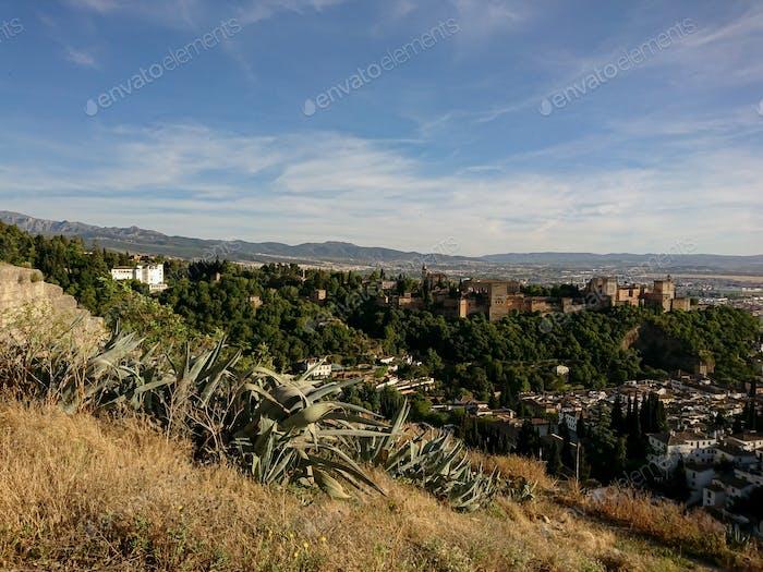 Vistas de la Alhambra desde las calles del barrio del Sacromonte
