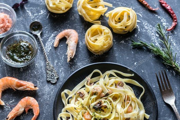 Tagliatelle Pasta mit Meeresfrüchten