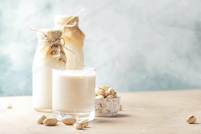 Vegan Pistachio nut milk