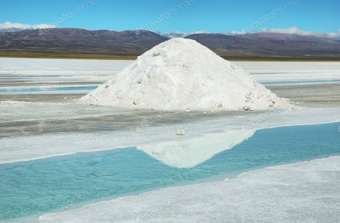 Salt piles and water pool on Salinas Grandes