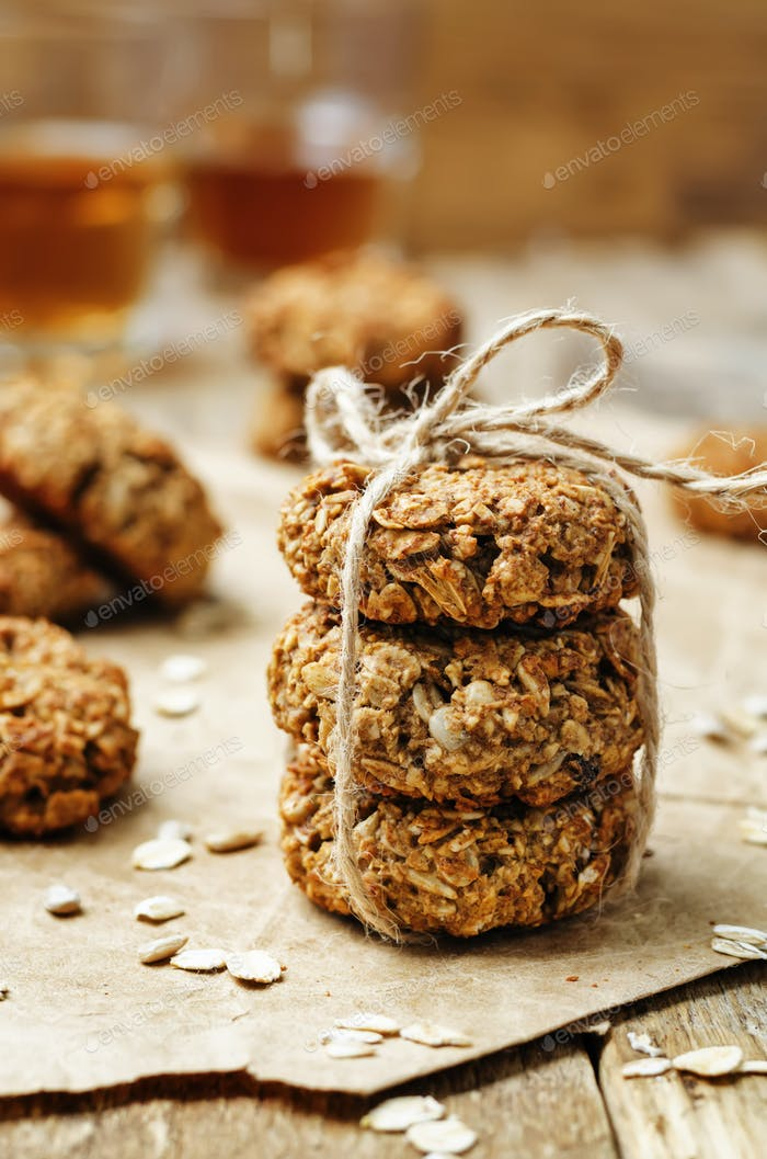 banana oat sunflower seeds vegan breakfast cookies