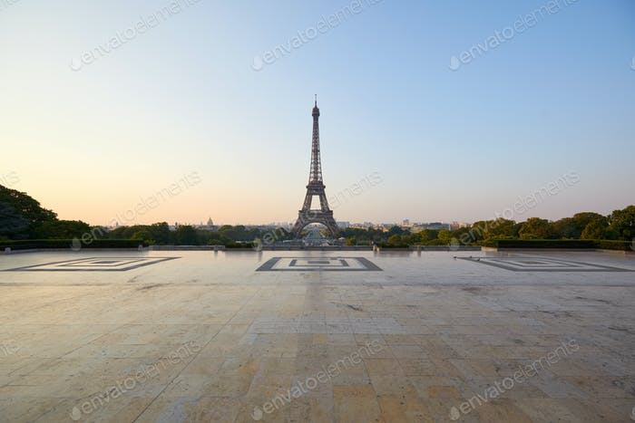 Eiffel tower and empty Trocadero square, early morning in Paris