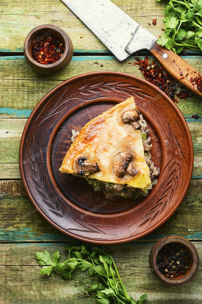 Whole meat pie with mushrooms