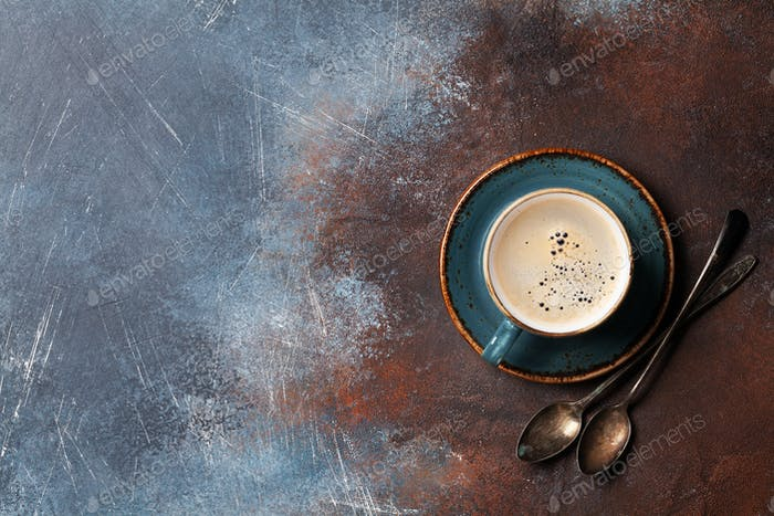 Kaffeetasse und Löffel