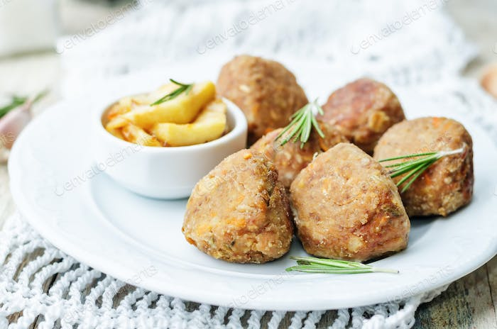 turkey liver meatballs with caramelized apples