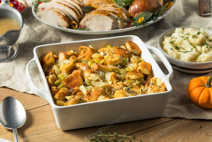 Homemade Bread Stuffing for Thanksgiving Dinner