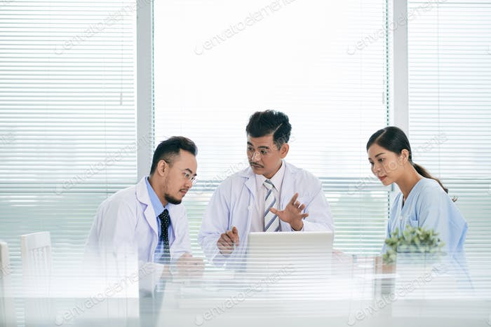 Discussing innovations