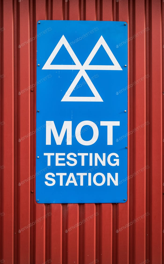 UK MOT Testing Sign