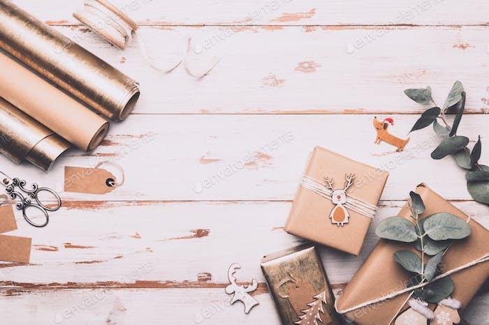 Geschenkverpackungsprozess, Vorbereitung auf Weihnachten