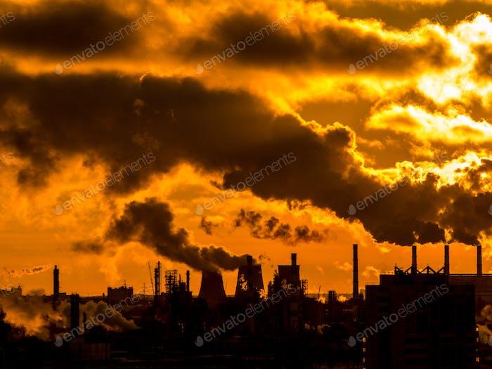 Industrial plant emitting heavy smoke