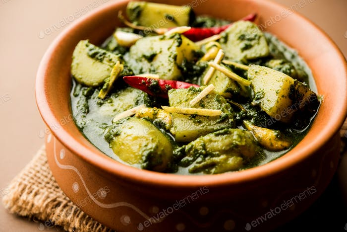 Spinach Potatoes Curry