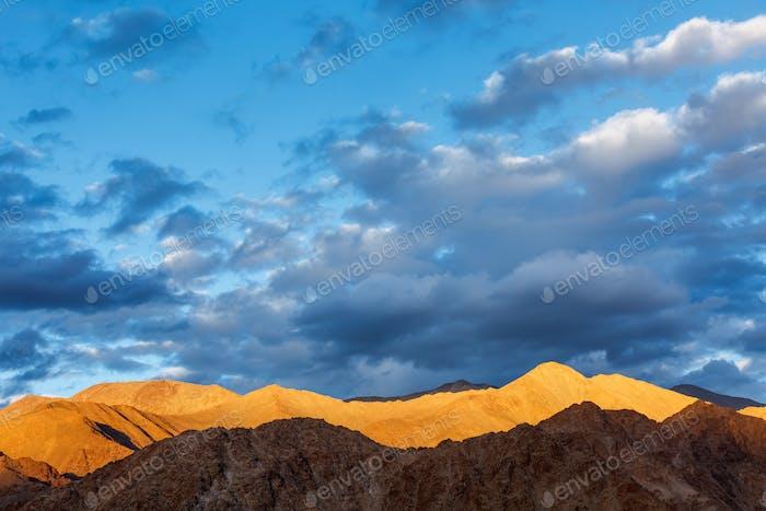 Thumbnail for Himalayas mountains on sunset